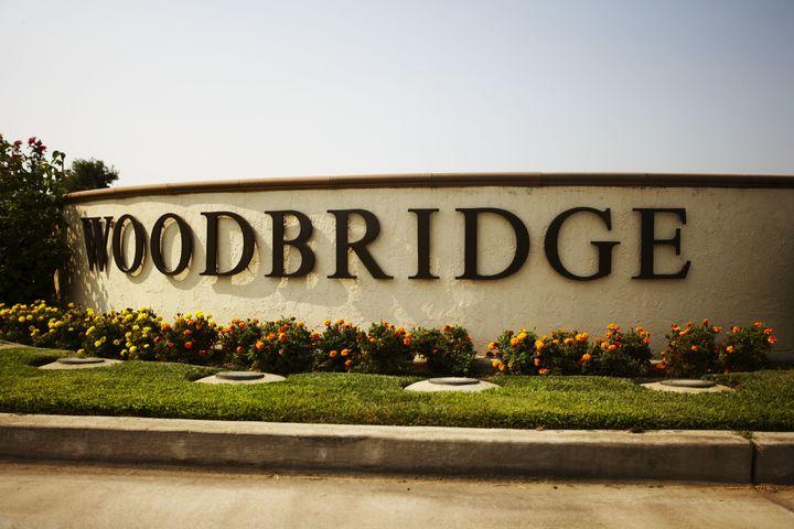 Standard Final JPG-Woodbridge Winery Front